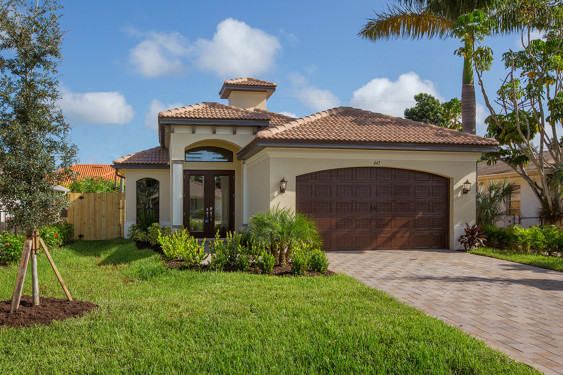 sales property at NAPLES PARK