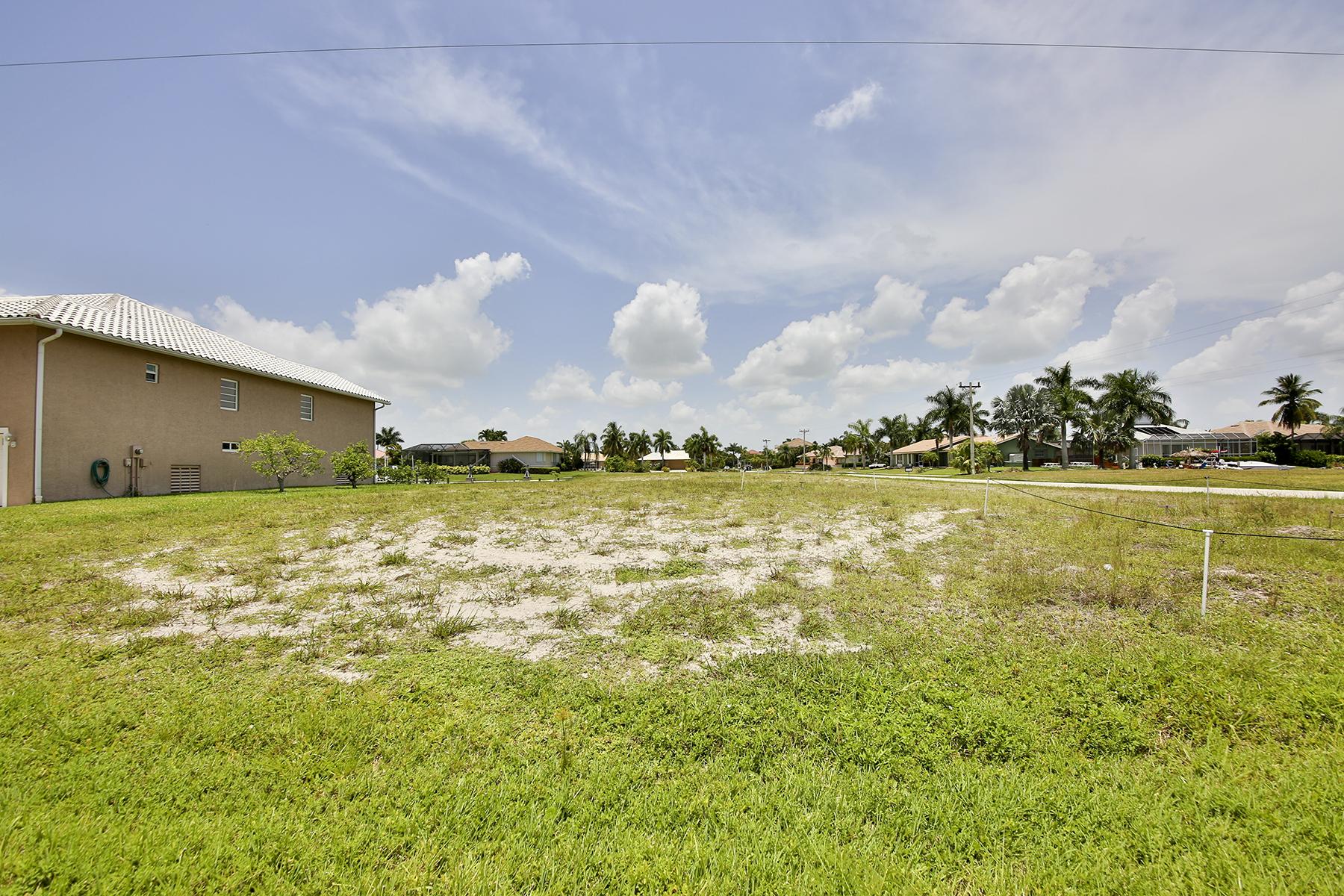 Arazi için Satış at MARCO ISLAND - GRAPEWOOD COURT 305 Grapewood Ct Marco Island, Florida 34145 Amerika Birleşik Devletleri
