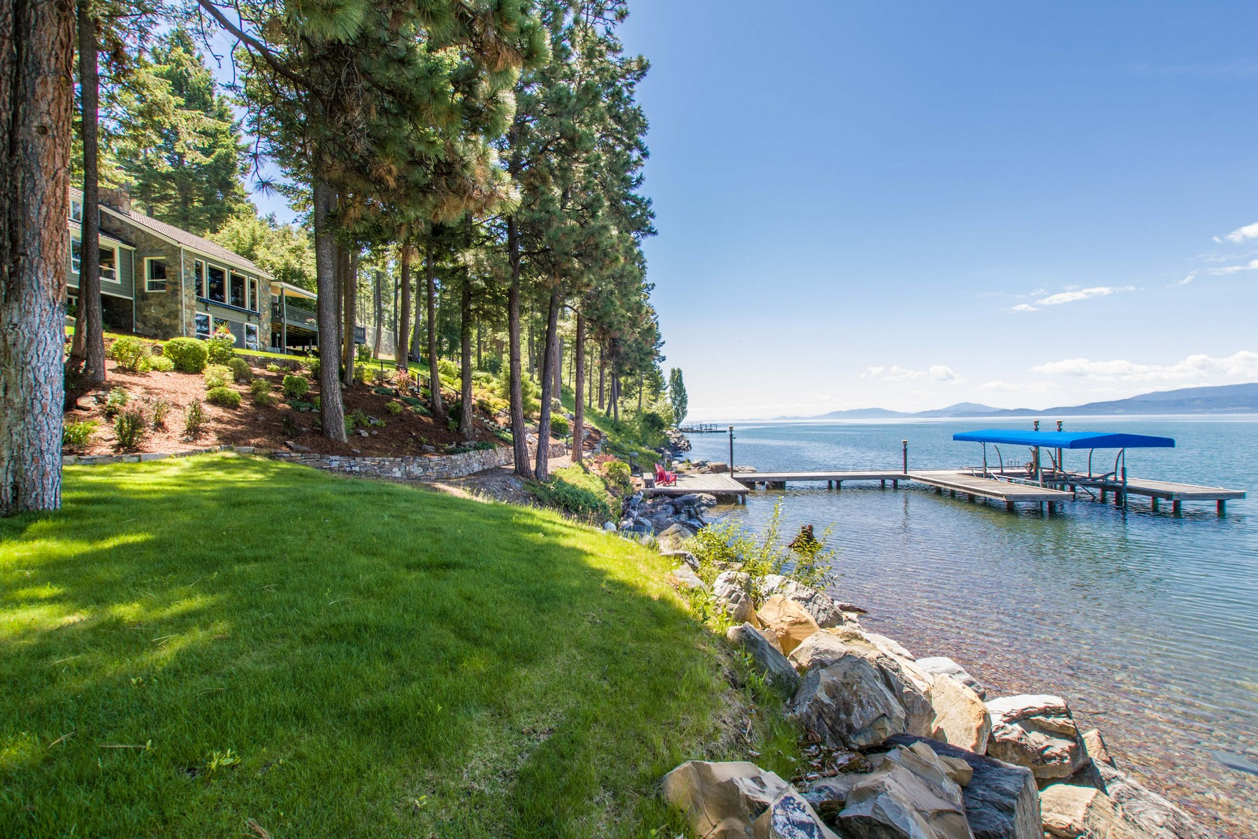 sales property at Flathead Lake Dream Living