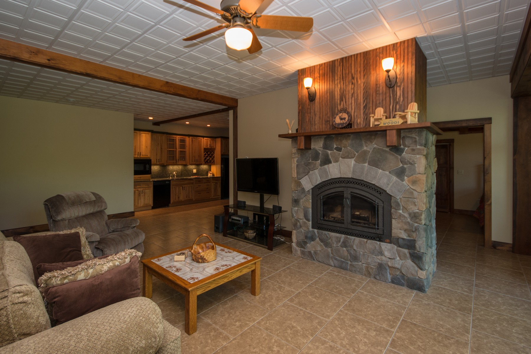 Additional photo for property listing at Exquisite Country Home 498  Stickney Bridge Rd Jay, New York 12941 États-Unis