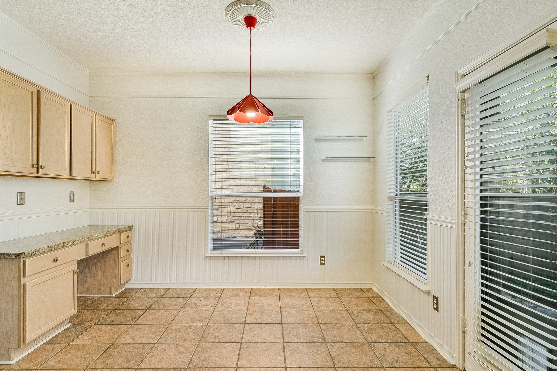 Property Of Gorgeous Rental in the Heart of Stone Oak!