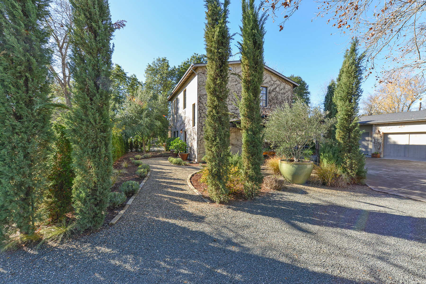 Property For Sale at 1519 Lake St, Calistoga, CA 94515
