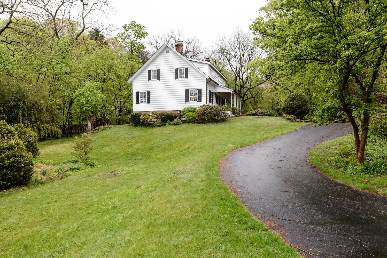 단독 가정 주택 용 매매 에 Colonial 167 Harbor Rd Cold Spring Harbor, 뉴욕, 11724 미국