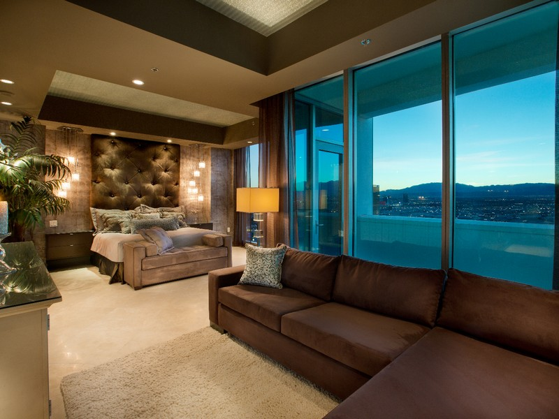 Property Of The One and Only Las Vegas SkySuite