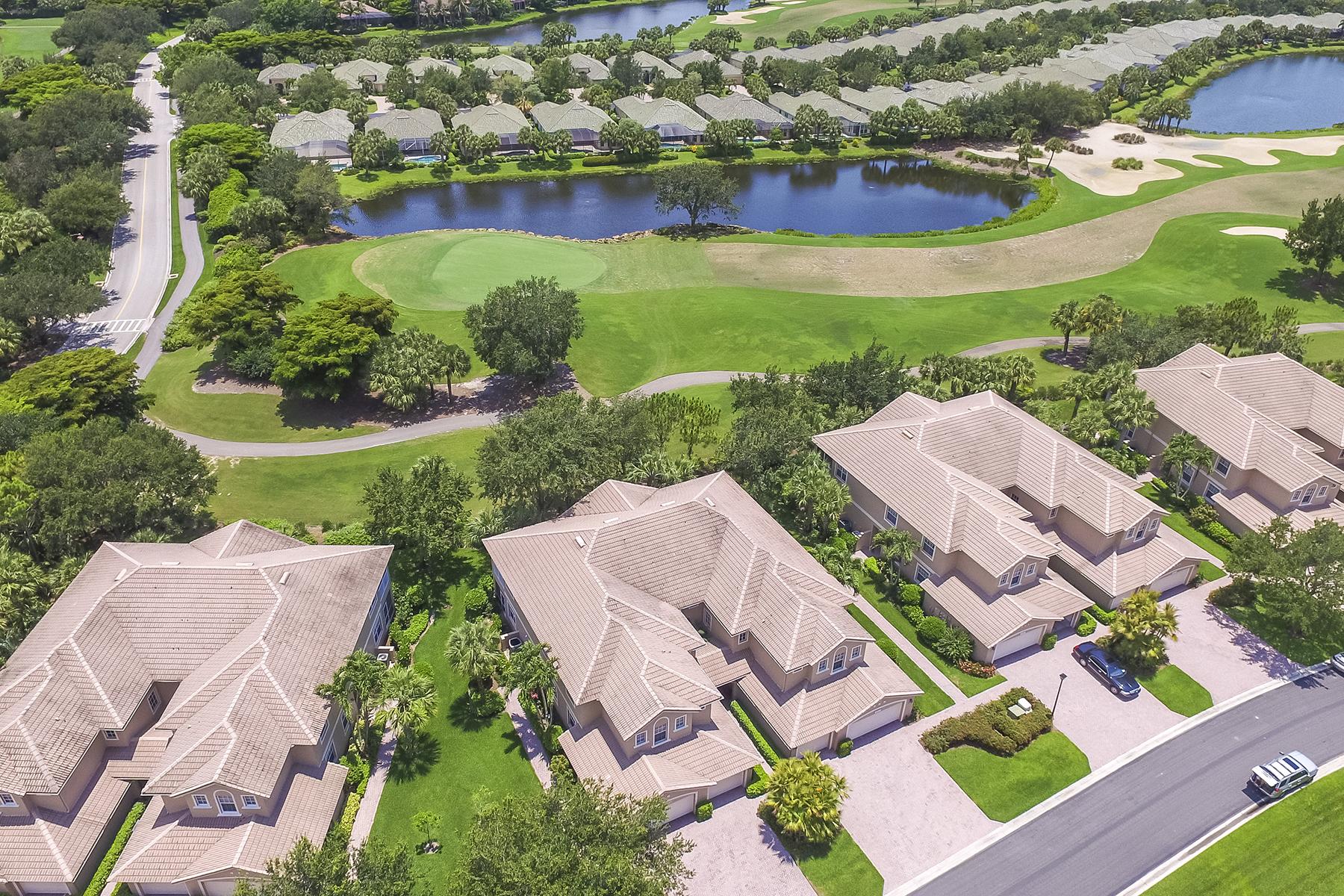 Condominio por un Venta en THE BROOKS - PALMETT RIDGE AT SHADOW WOOD - THE B 9261 Palmetto Ridge Dr 202 Estero, Florida, 34135 Estados Unidos