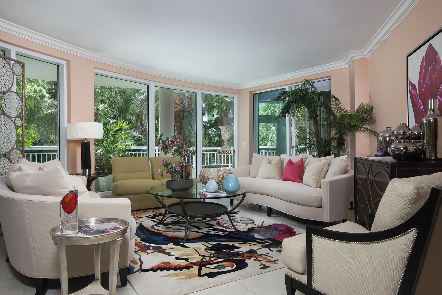 Condomínio para Venda às PARK SHORE - PROVENCE 4151 Gulf Shore Blvd N 201 Naples, Florida, 34103 Estados Unidos