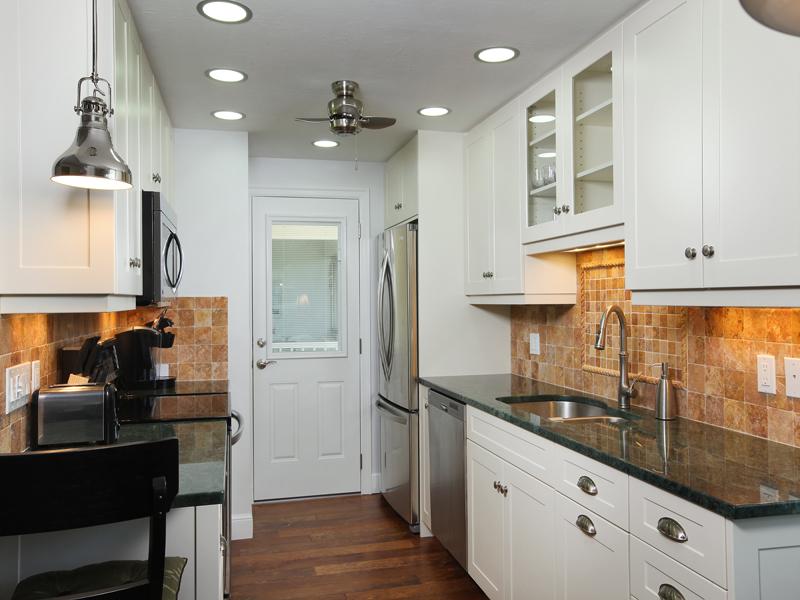 Property Of 1021 3rd St S, 304, Naples, FL 34102-7043