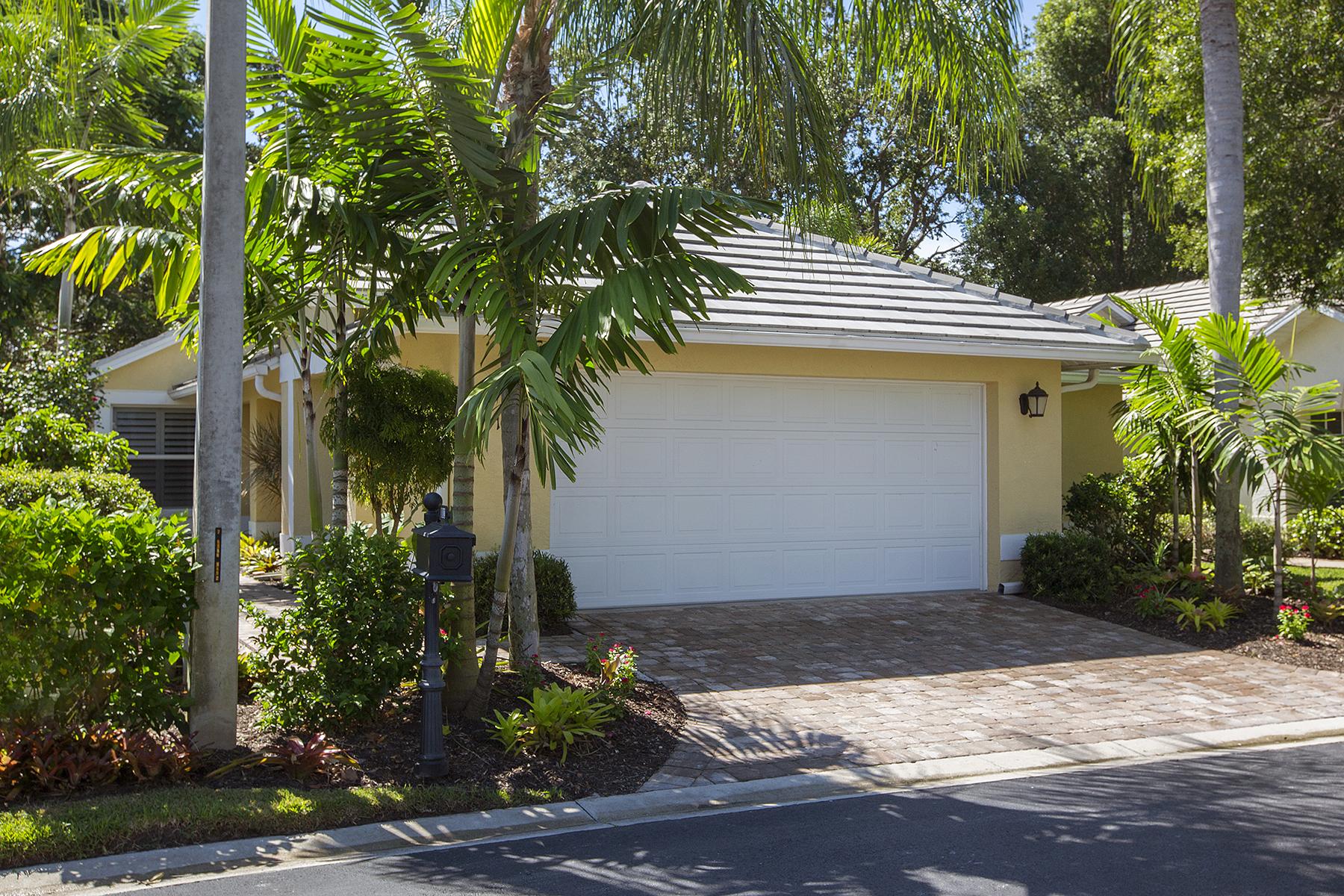 Nhà ở một gia đình vì Bán tại Vineyards - Villa Fontana 102 Fountain Cir Naples, Florida, 34119 Hoa Kỳ