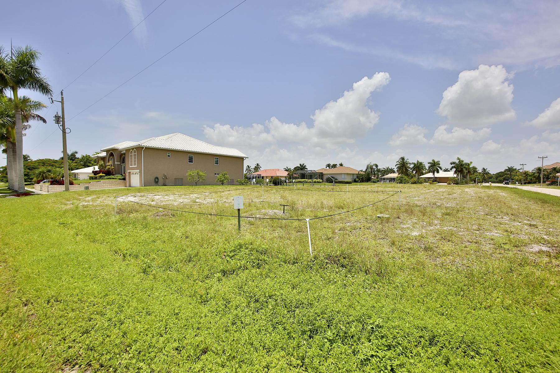 토지 용 매매 에 MARCO ISLAND - GRAPEWOOD COURT 305 Grapewood Ct Marco Island, 플로리다 34145 미국
