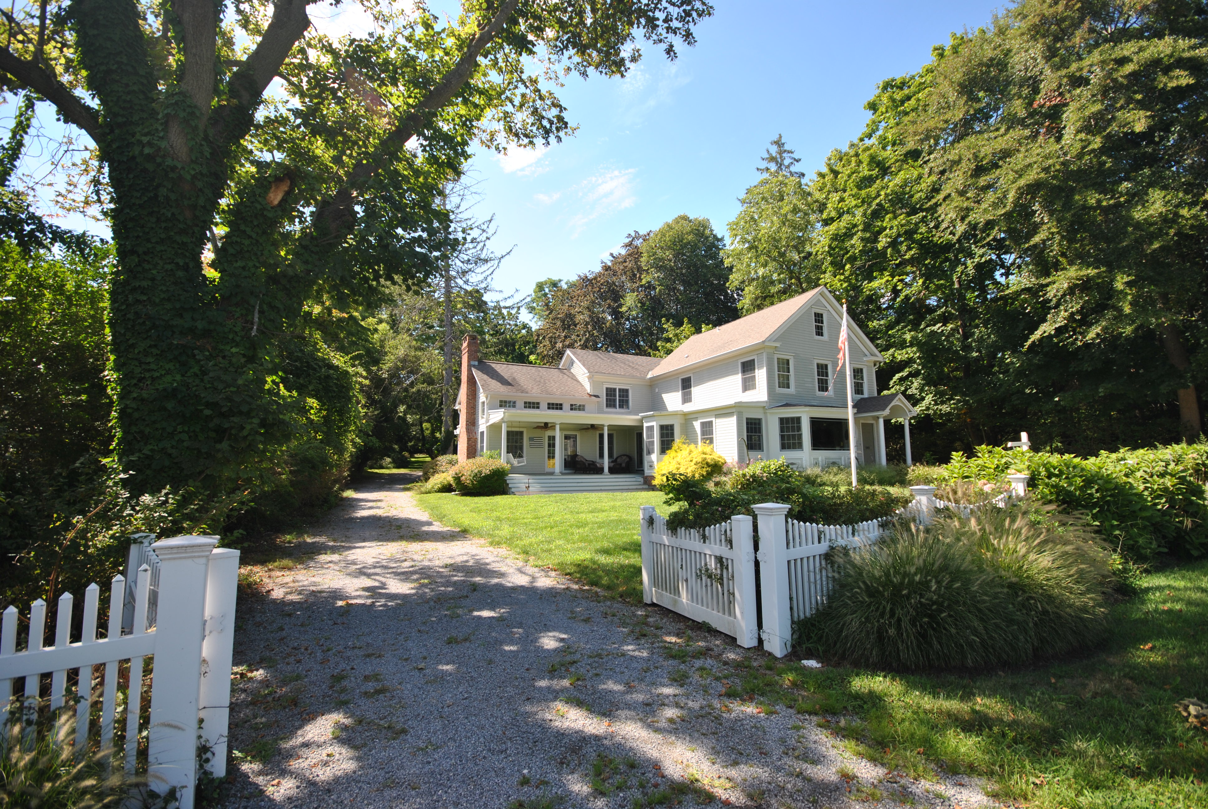 Single Family Home for Sale at Nantucket Style Home 96 Old Field Rd Old Field, New York, 11733 United States