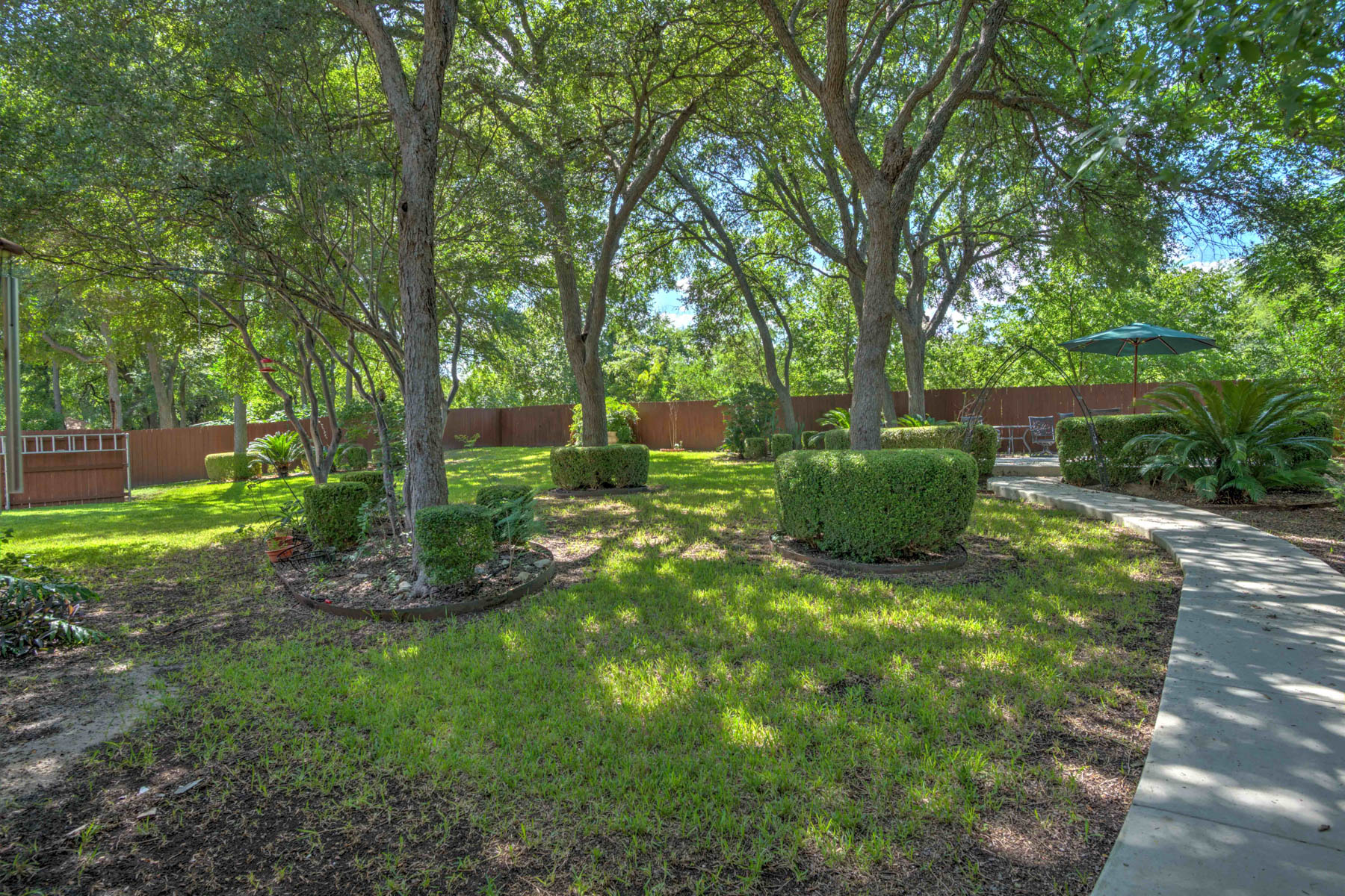 Additional photo for property listing at Gorgeous Home in Cypress Rapids 1823 Pebble Brook Dr New Braunfels, Texas 78130 Estados Unidos