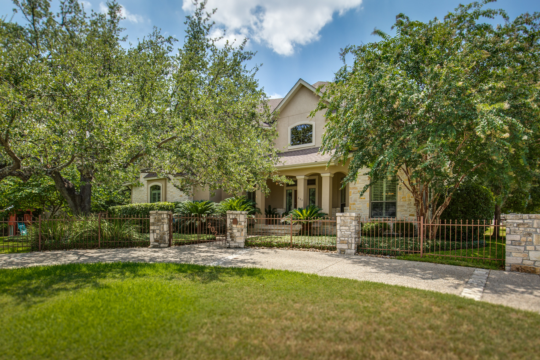 sales property at Great Home in AHISD
