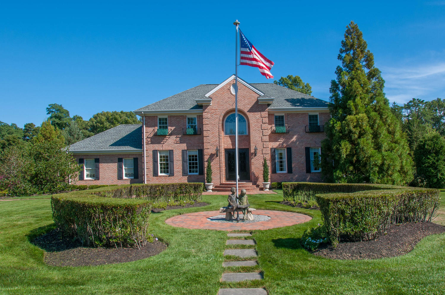 Single Family Home for Sale at Colonial 7 Chester Ct Huntington, New York, 11743 United States