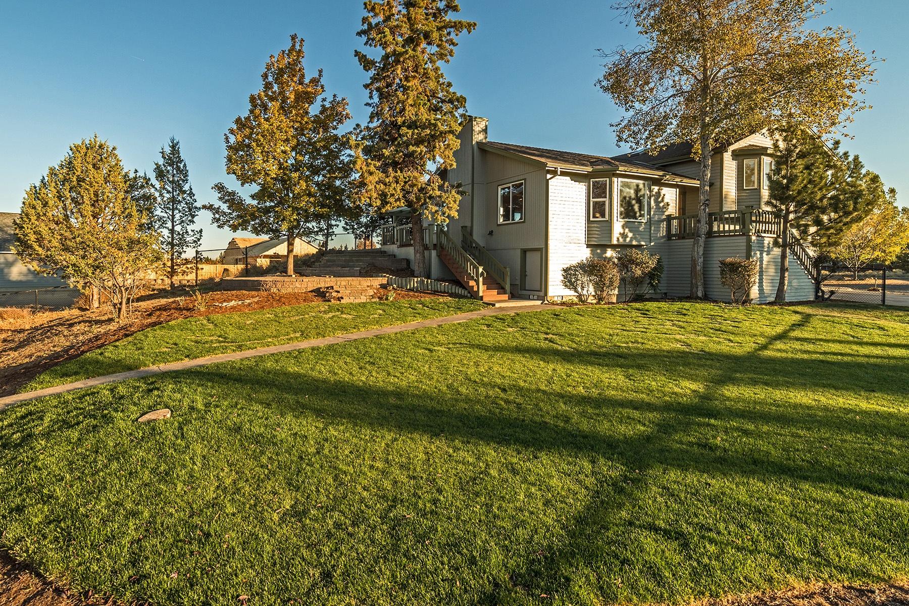 独户住宅 为 销售 在 20797 Alpine Ridge Place, BEND 本德, 俄勒冈州, 97701 美国