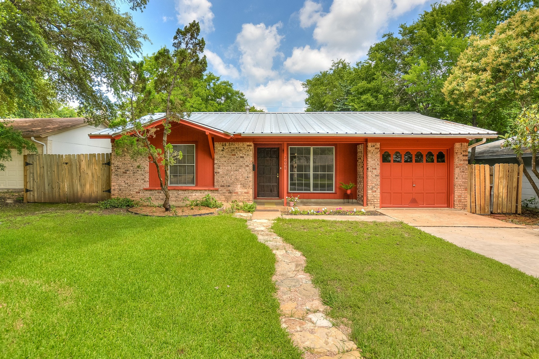 Single Family Home for Sale at Cute One Story Ranch Style Home 2608 East Side Dr Austin, Texas 78704 United States
