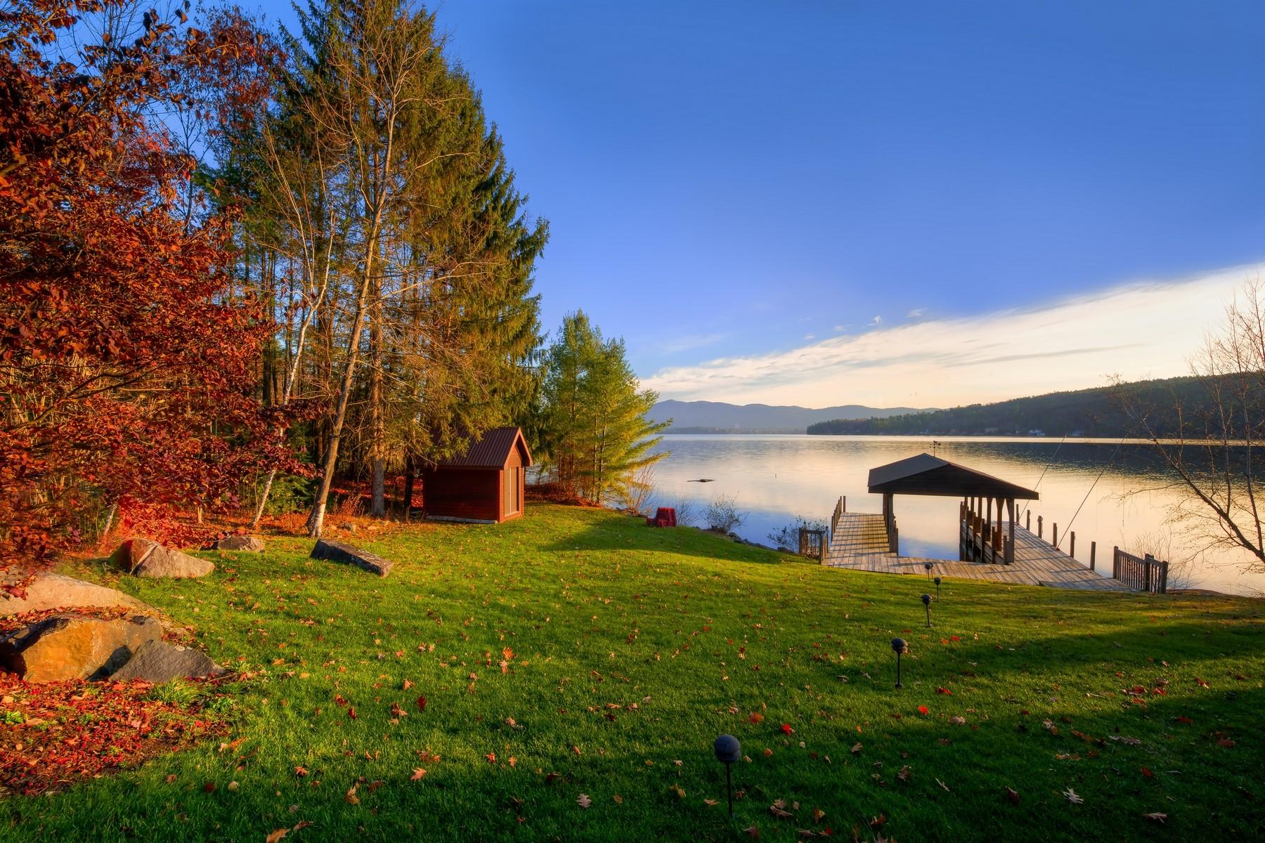 Additional photo for property listing at Lake George Waterfront 69  Vandecar La Lake George, Nueva York 12845 Estados Unidos