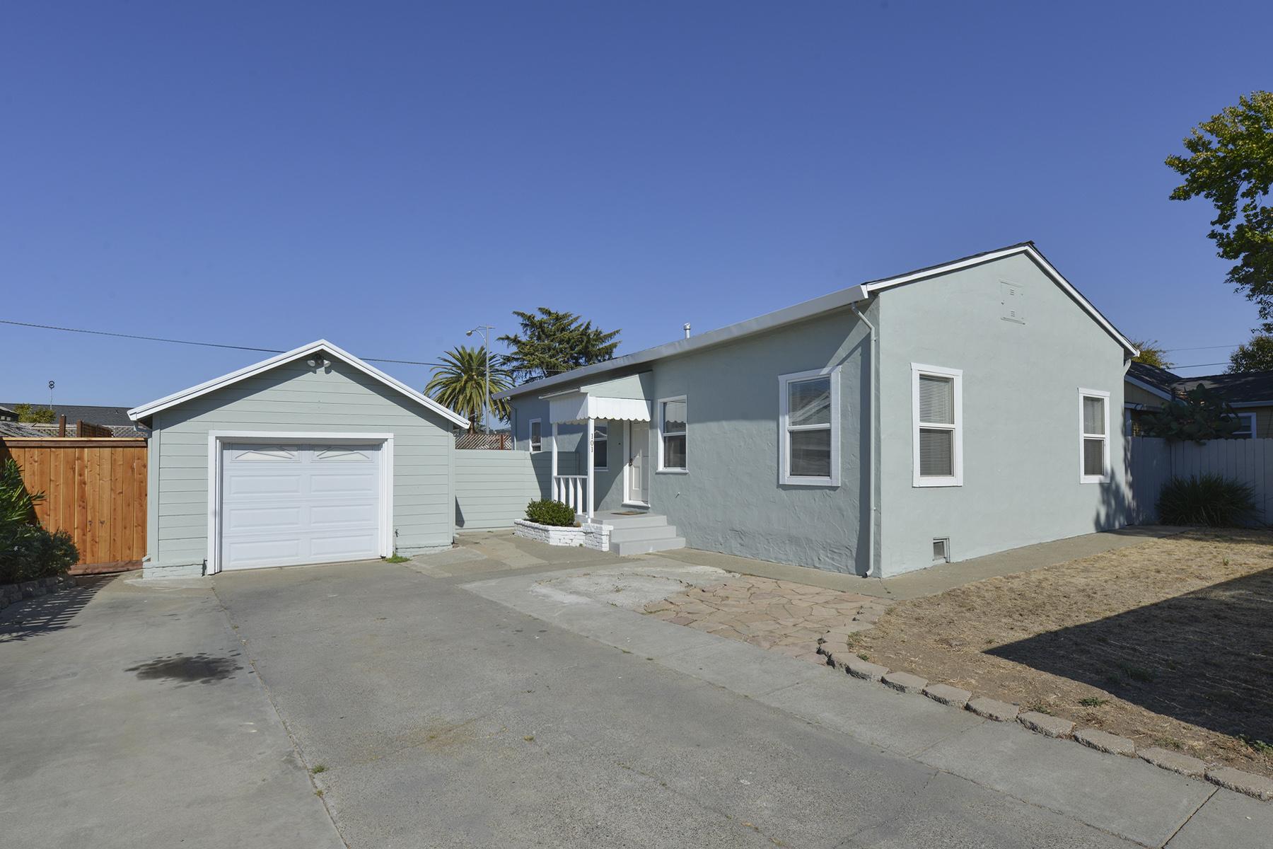Property For Sale at 101 Adobe Ln, Napa, CA 94559