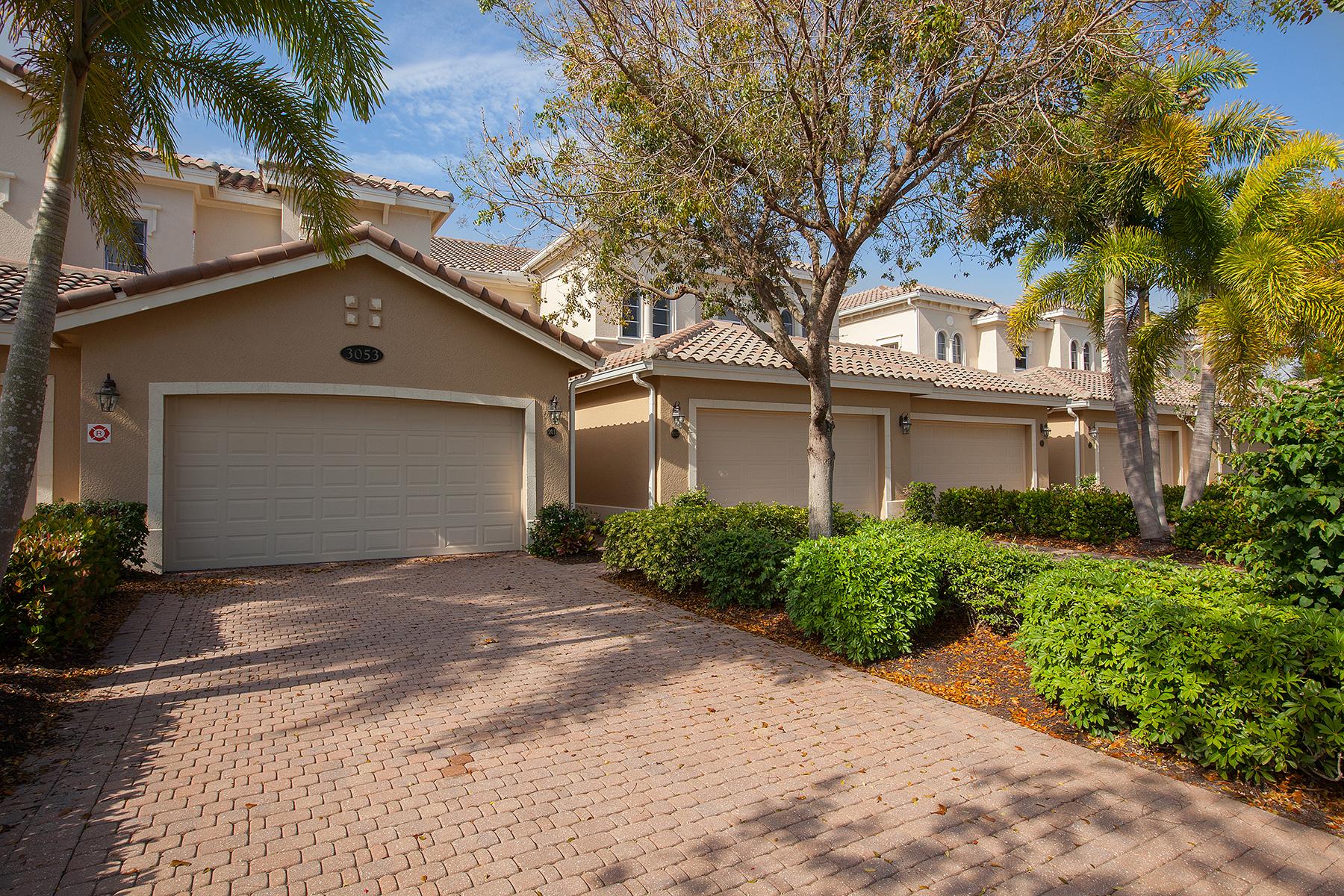 Nhà chung cư vì Bán tại FIDDLER'S CREEK - MARENGO 3053 Aviamar Cir 201 Naples, Florida, 34114 Hoa Kỳ