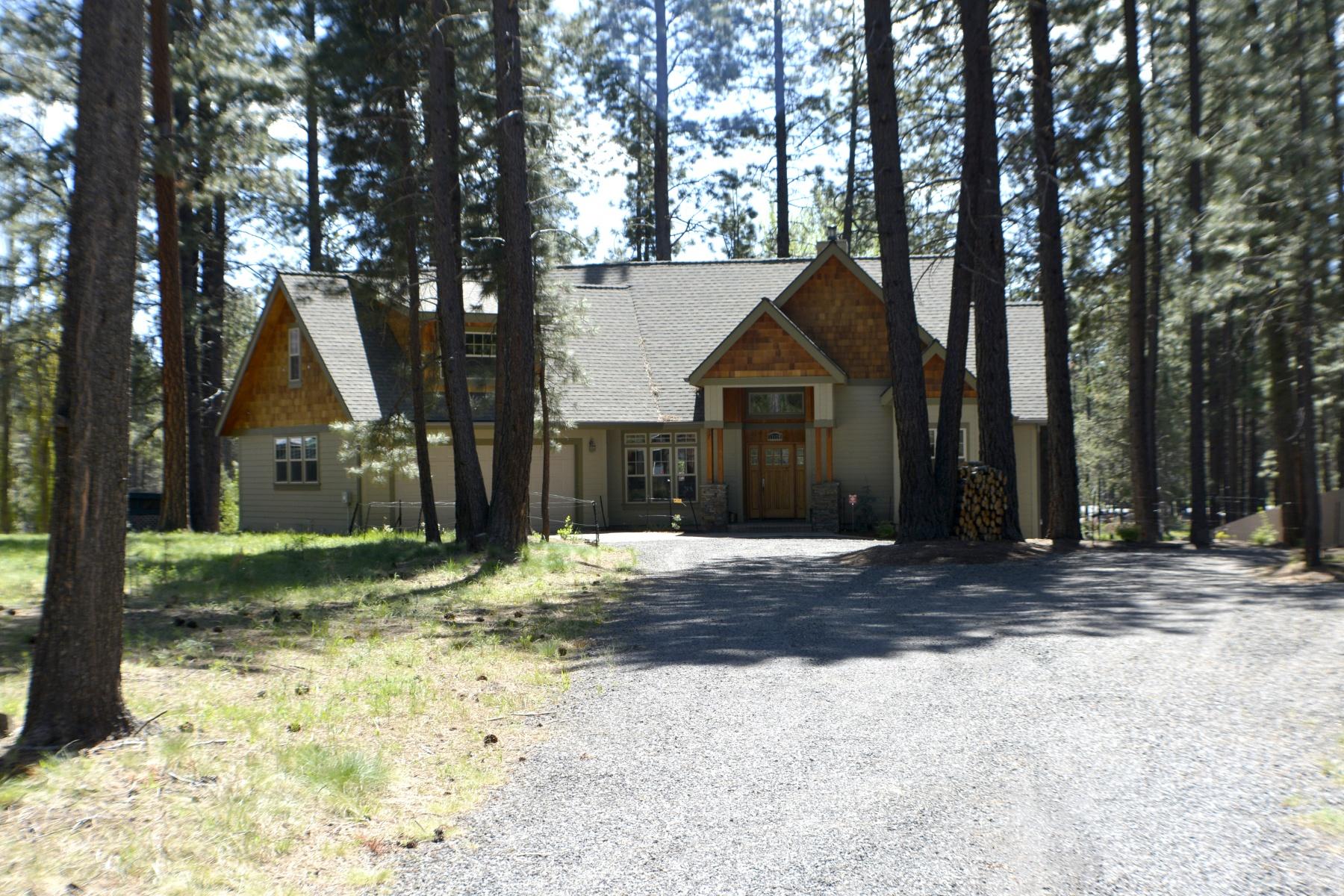 独户住宅 为 销售 在 17179 Island Loop Way, BEND 本德, 俄勒冈州, 97707 美国