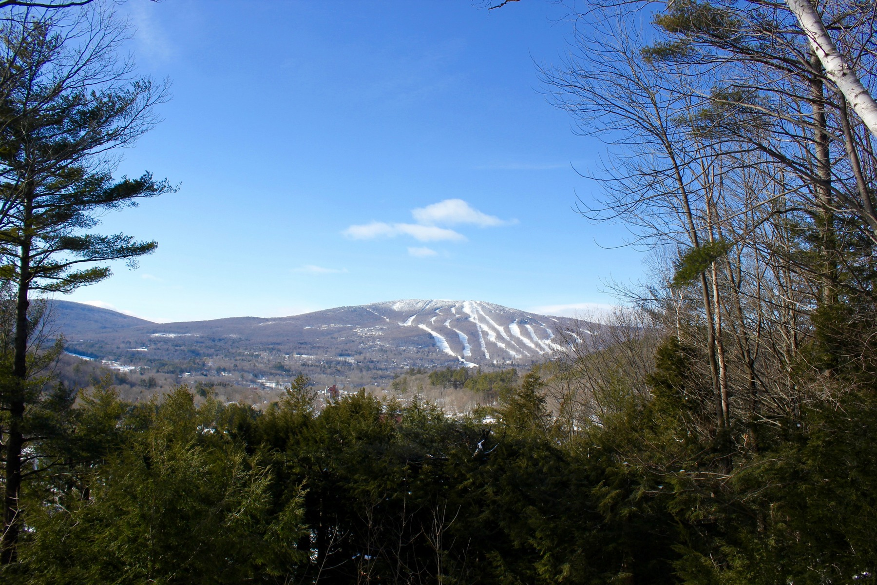 Land for Sale at 1.94 Acres with Okemo Views Pine Hill Rd Ludlow, Vermont, 05149 United States