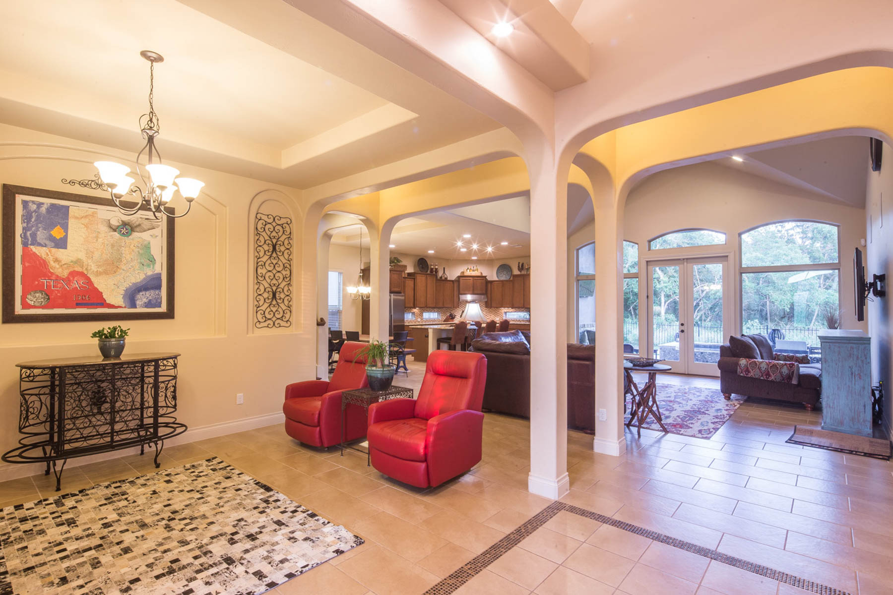 Additional photo for property listing at Relax in Paradise with This Custom Home 2453 Kookaburra Dr New Braunfels, Texas 78132 United States