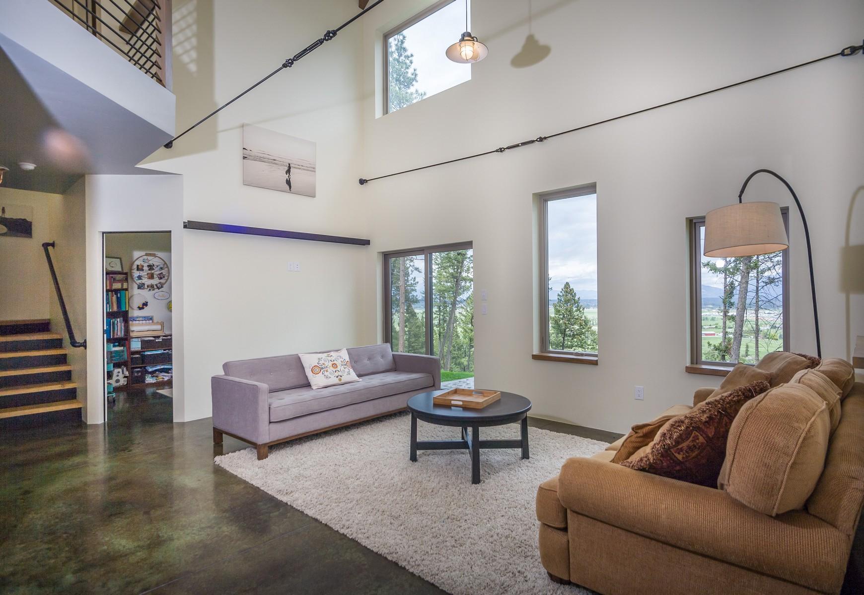 Maison unifamiliale pour l Vente à Kalispell 275 Glacier Ranch Rd Kalispell, Montana, 59901 États-Unis
