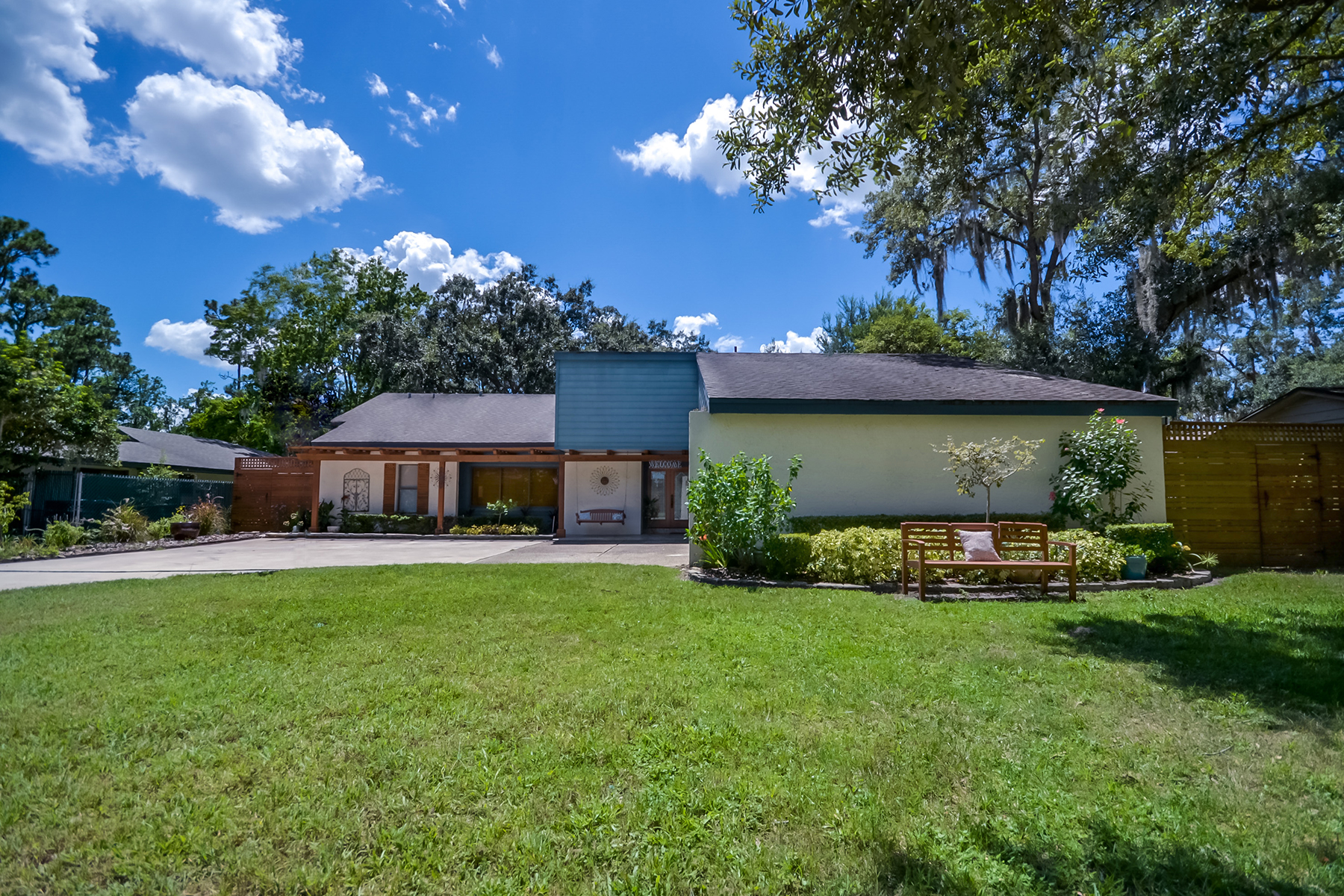 Single Family Home for Sale at Winter Park, Flordia 4068 Tenita Dr Winter Park, Florida, 32792 United States