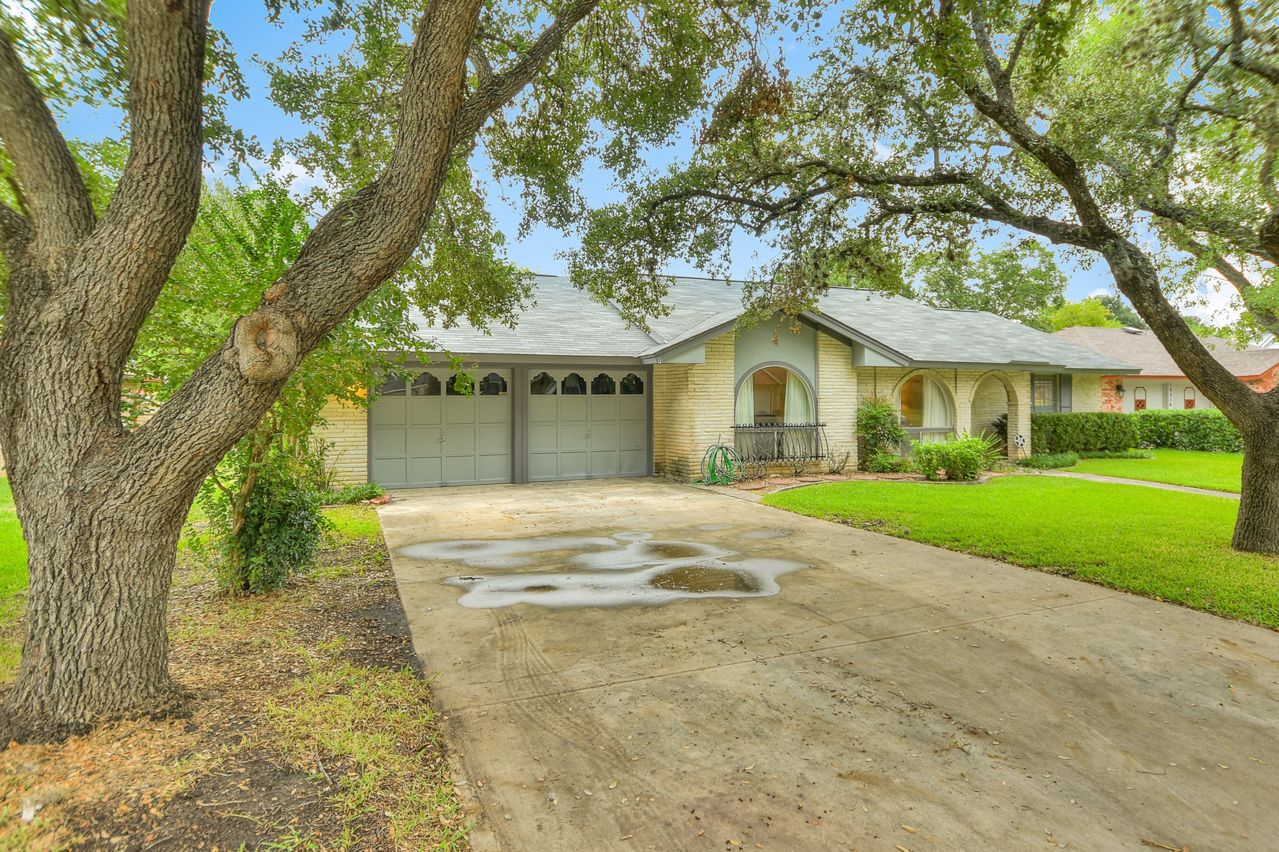 Additional photo for property listing at Lovely Home in Regency Place 10218 Severn Rd San Antonio, Texas 78217 United States