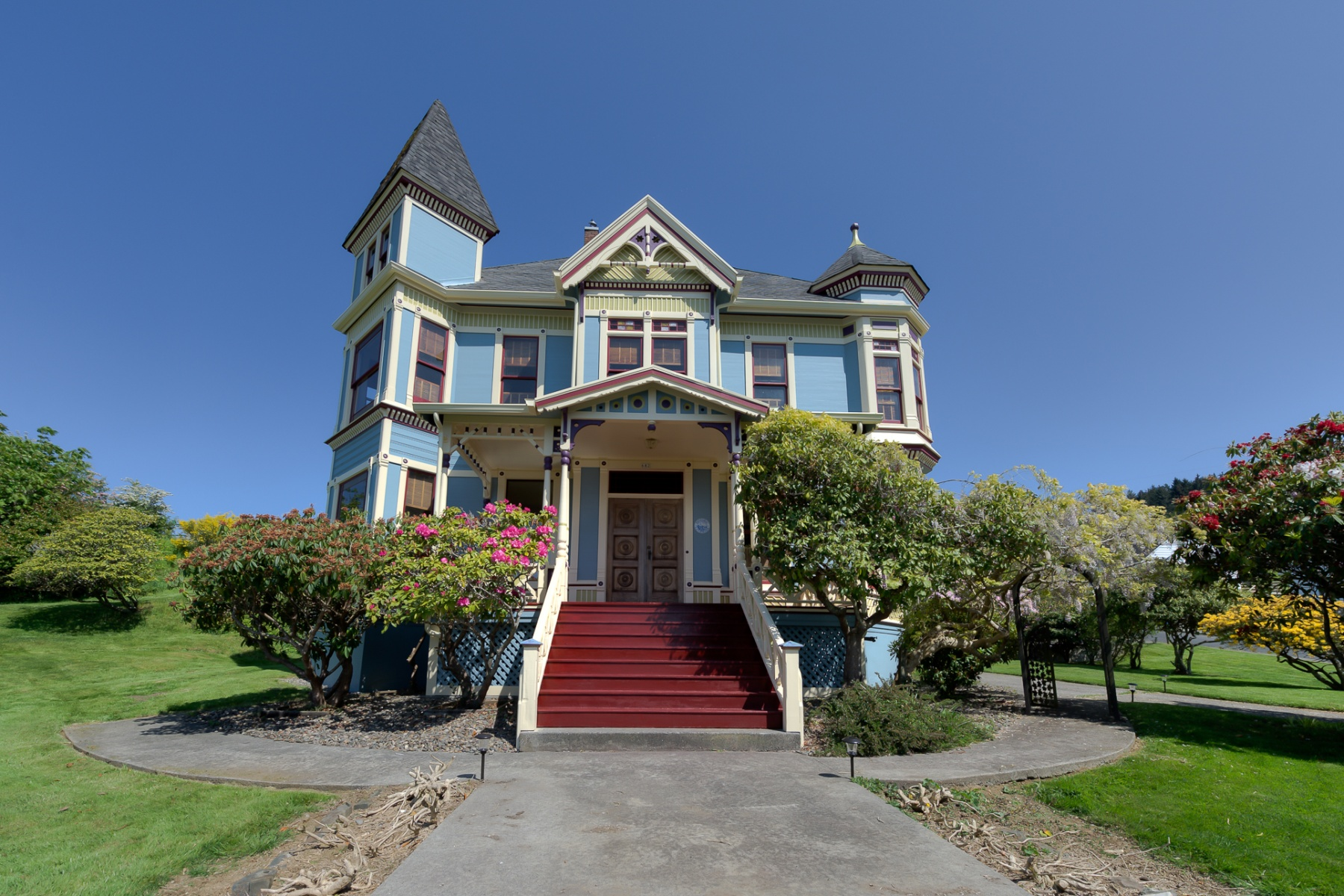 Single Family Home for Sale at 682 34th, ASTORIA 682 34th St Astoria, Oregon, 97103 United States