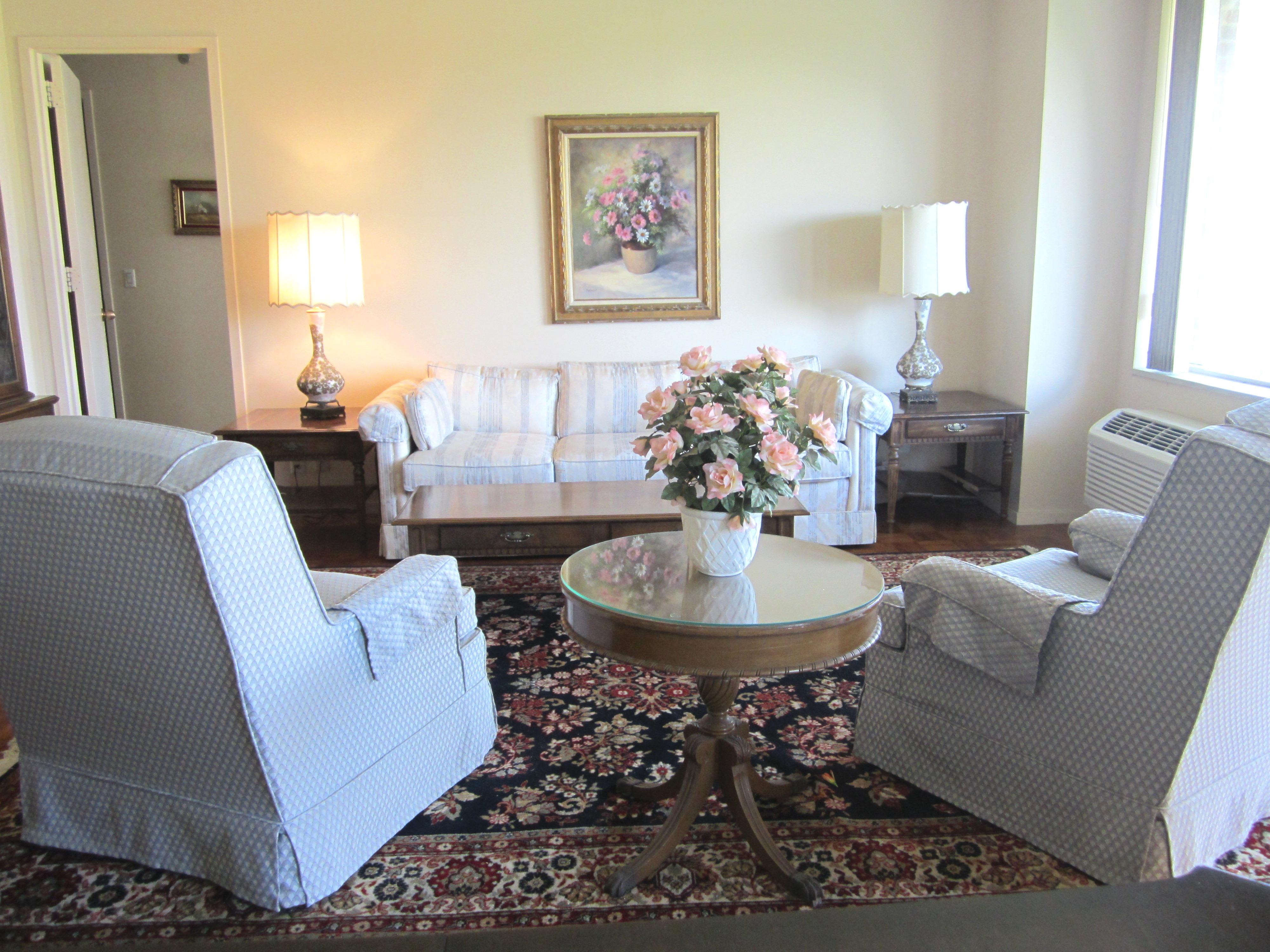 Các loại nhà khác vì Bán tại Condo 100 Hilton Ave 5 506 Garden City, New York, 11530 Hoa Kỳ