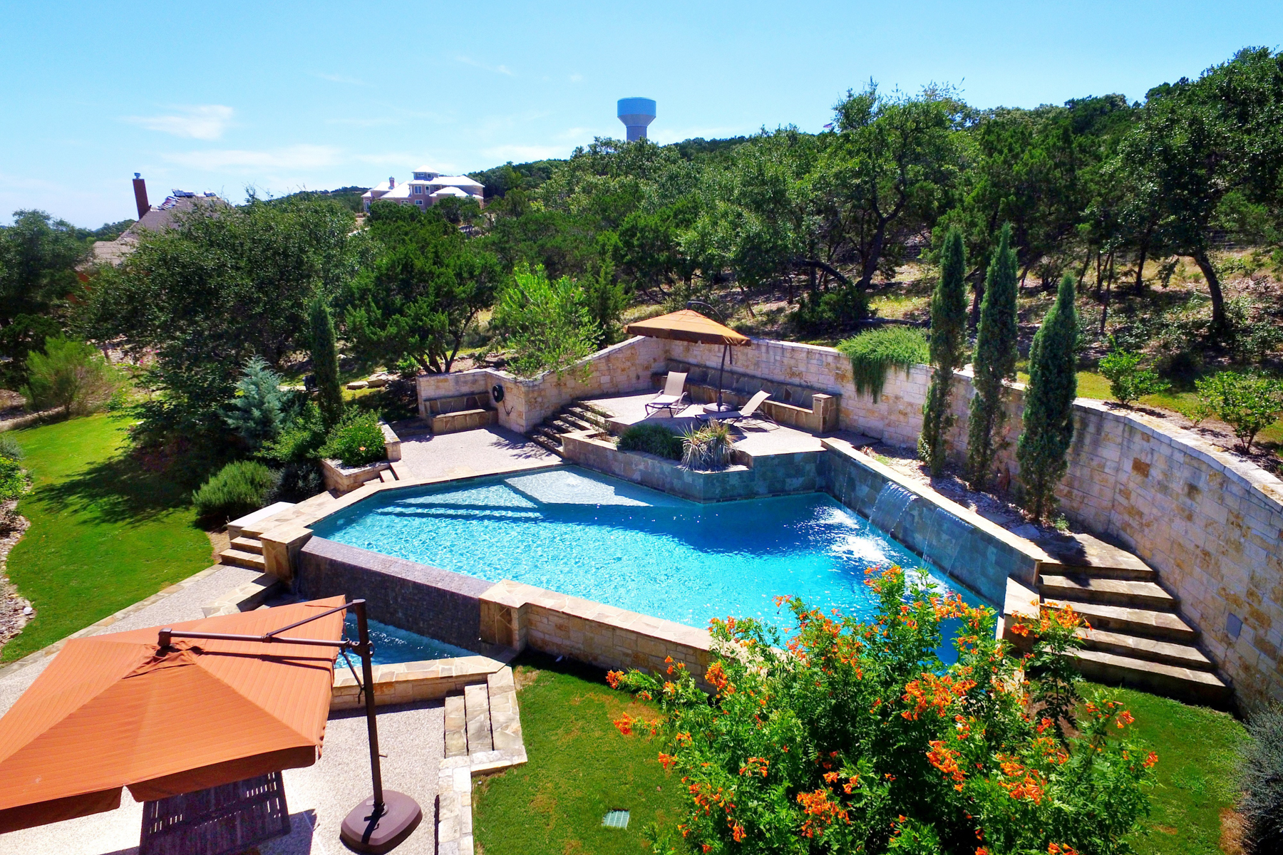 Additional photo for property listing at Stunning Contemporary Estate 22619 Central Prairie San Antonio, Texas 78255 United States