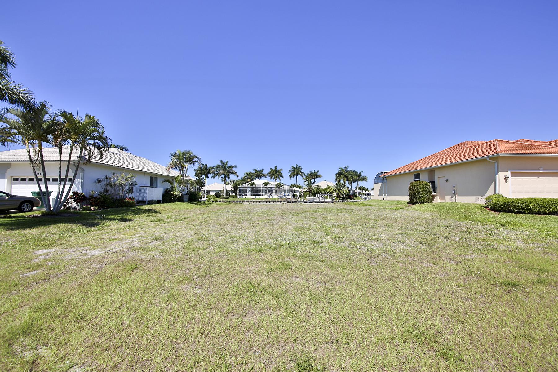 토지 용 매매 에 MARCO ISLAND - CAPISTRANO COURT 278 Capistrano Ct Marco Island, 플로리다 34145 미국