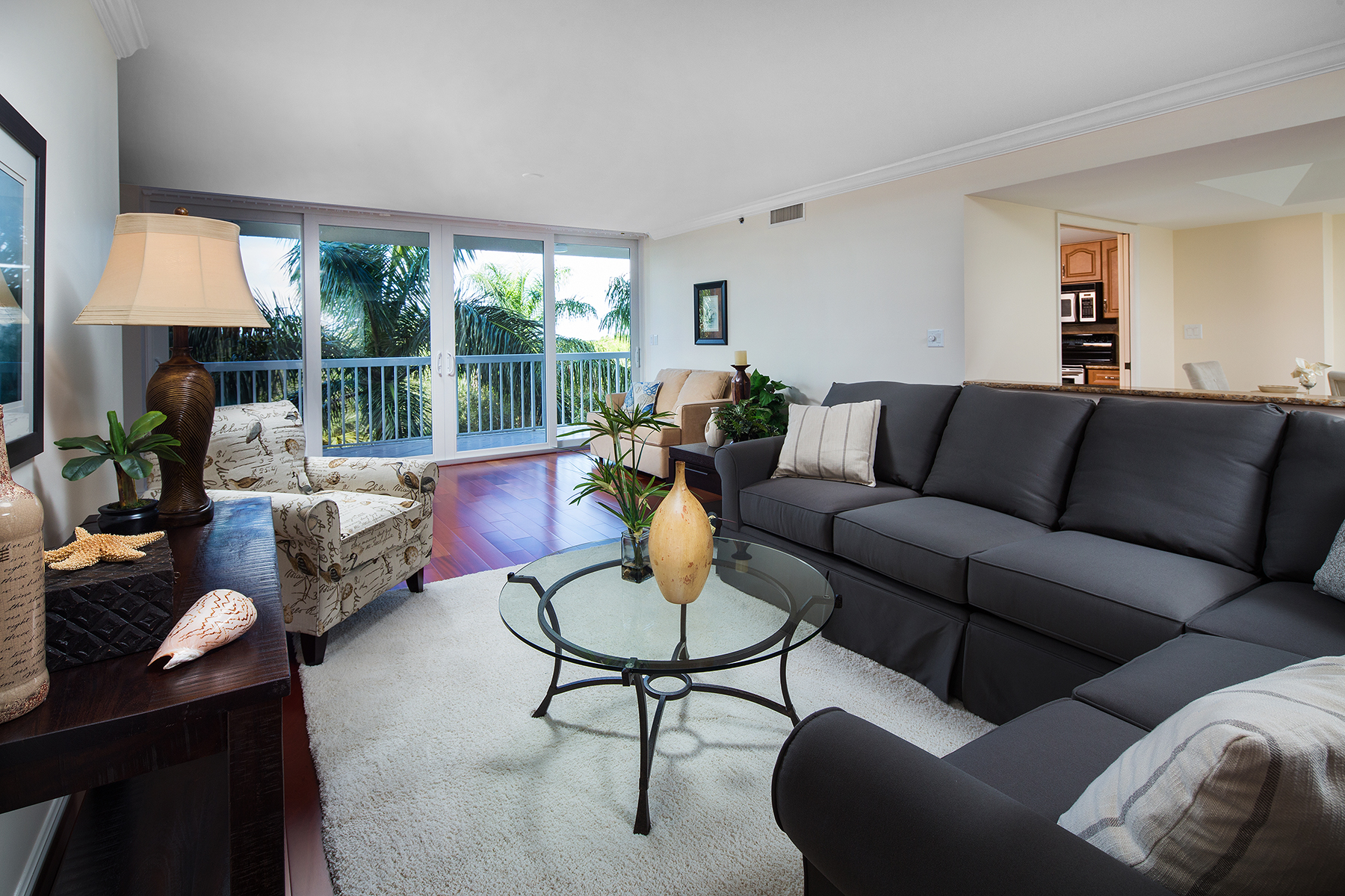 Nhà chung cư vì Bán tại PELICAN BAY - ST. KITTS 6585 Nicholas Blvd 301 Naples, Florida, 34108 Hoa Kỳ