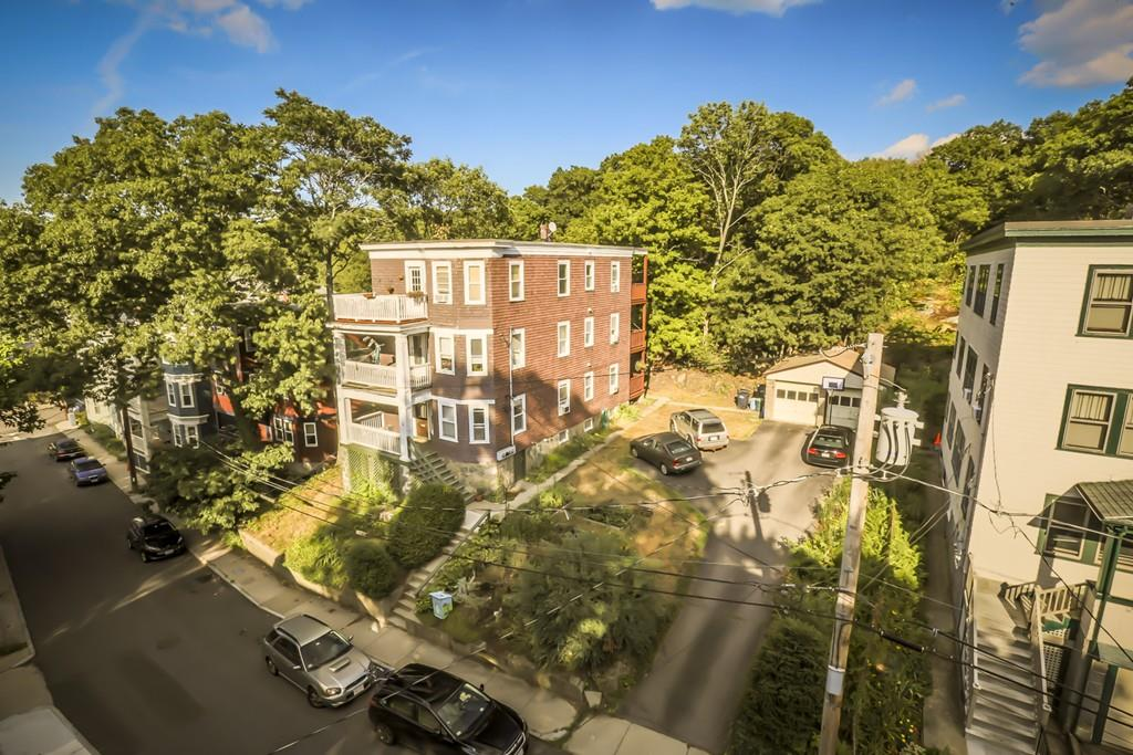 Condominio per Vendita alle ore 8 Glade #3, Boston 8 Glade Ave #3 Jamaica Plain, Boston, Massachusetts, 02130 Stati Uniti