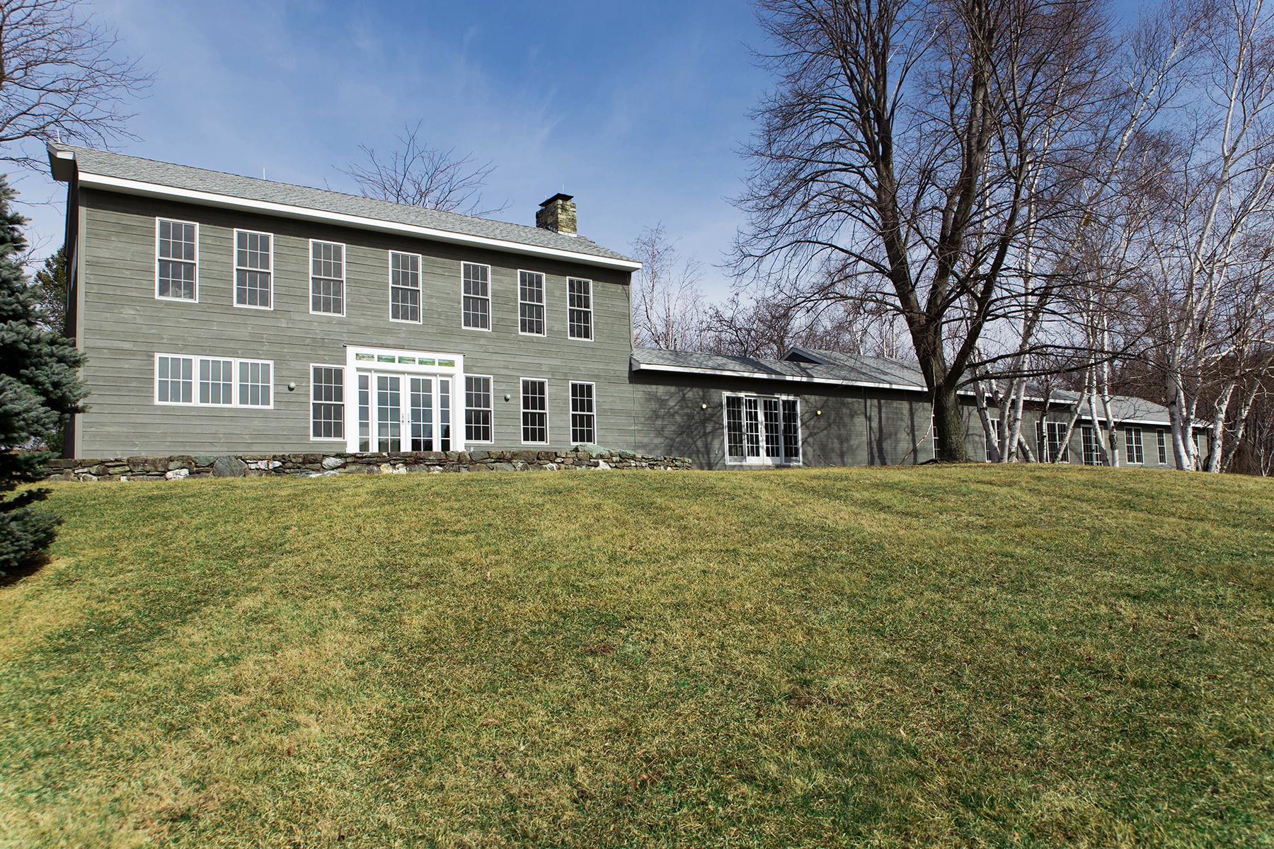 Nhà ở một gia đình vì Bán tại Farmhouse - Modern Masterpiece 774 Dugway Rd Austerlitz, New York, 12017 Hoa Kỳ