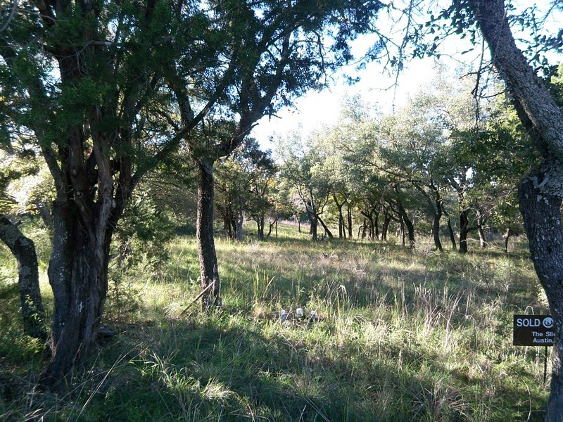 Land for Sale at Great Lot on Quiet Cul-de-Sac 105 Bonfire Horseshoe Bay, Texas 78657 United States