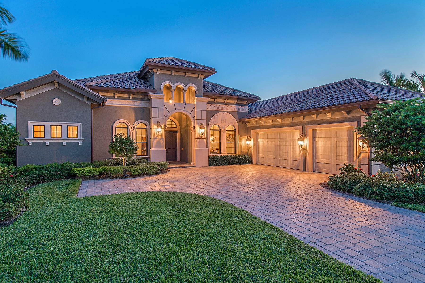 独户住宅 为 销售 在 LAKOYA - LELY RESORT 6464 Emilia Ct Naples, 佛罗里达州 34113 美国