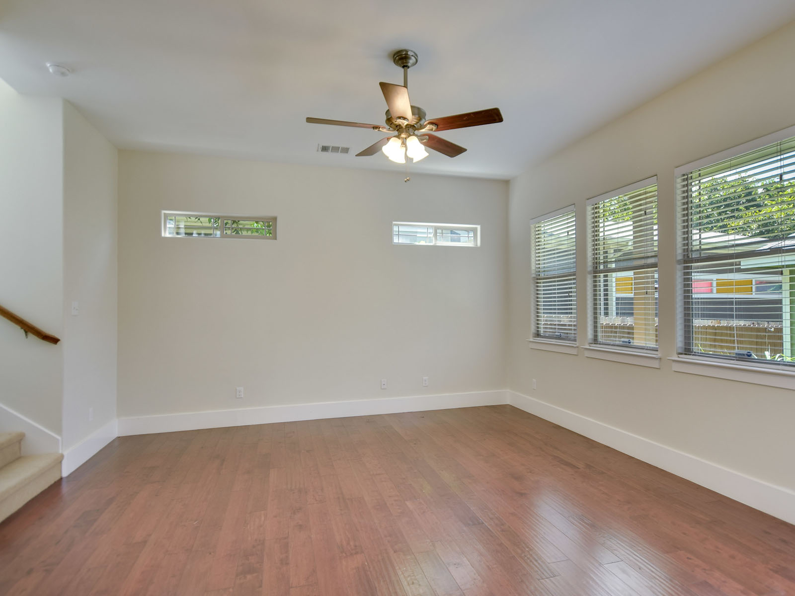 Additional photo for property listing at 1007 Taulbee Ln 1007B, Austin  Austin, Texas 78757 Estados Unidos