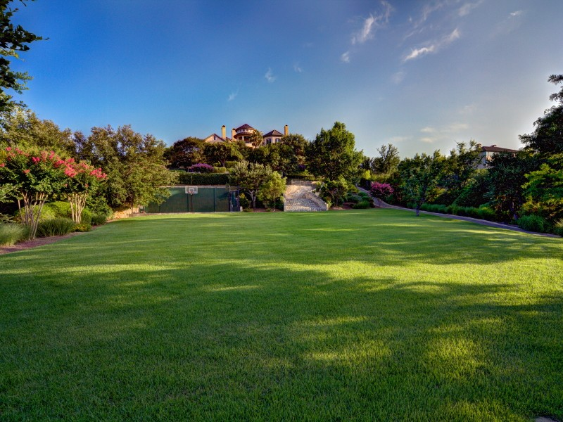 Additional photo for property listing at Waterfront Chateau at Costa Bella 213 Costa Bella Dr Austin, Texas 78734 Estados Unidos