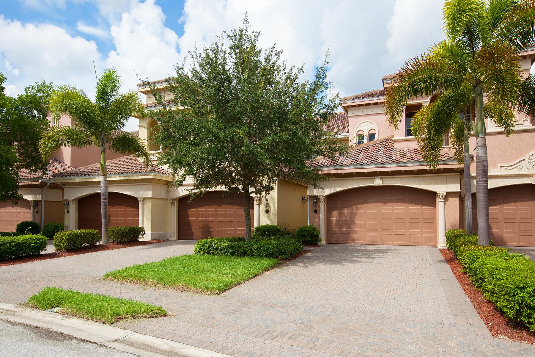 Copropriété pour l Vente à FIDDLER'S CREEK - CALLISTA 2713 Callista Ct 204 Naples, Florida 34114 États-Unis