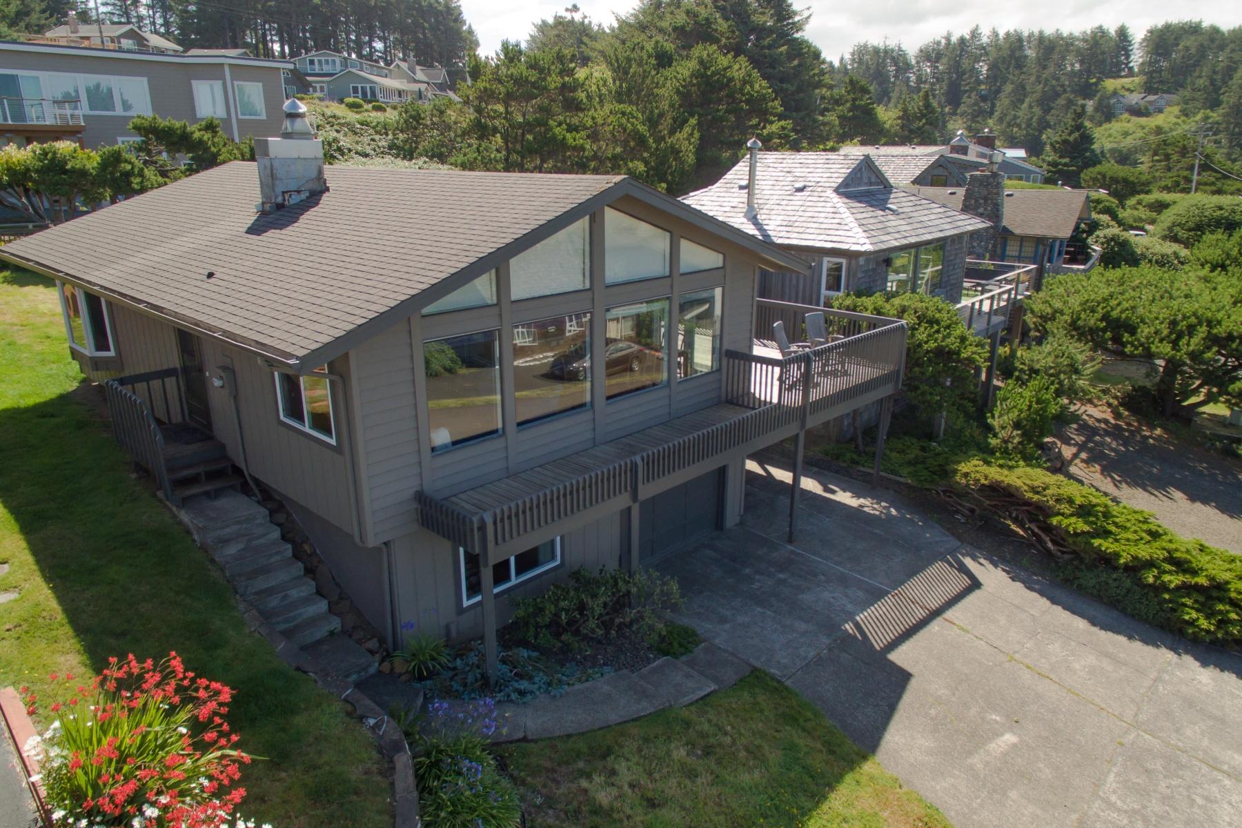 Nhà ở một gia đình vì Bán tại 37415 FIRST, MANZANITA 37415 FIRST St Manzanita, Oregon, 97130 Hoa Kỳ
