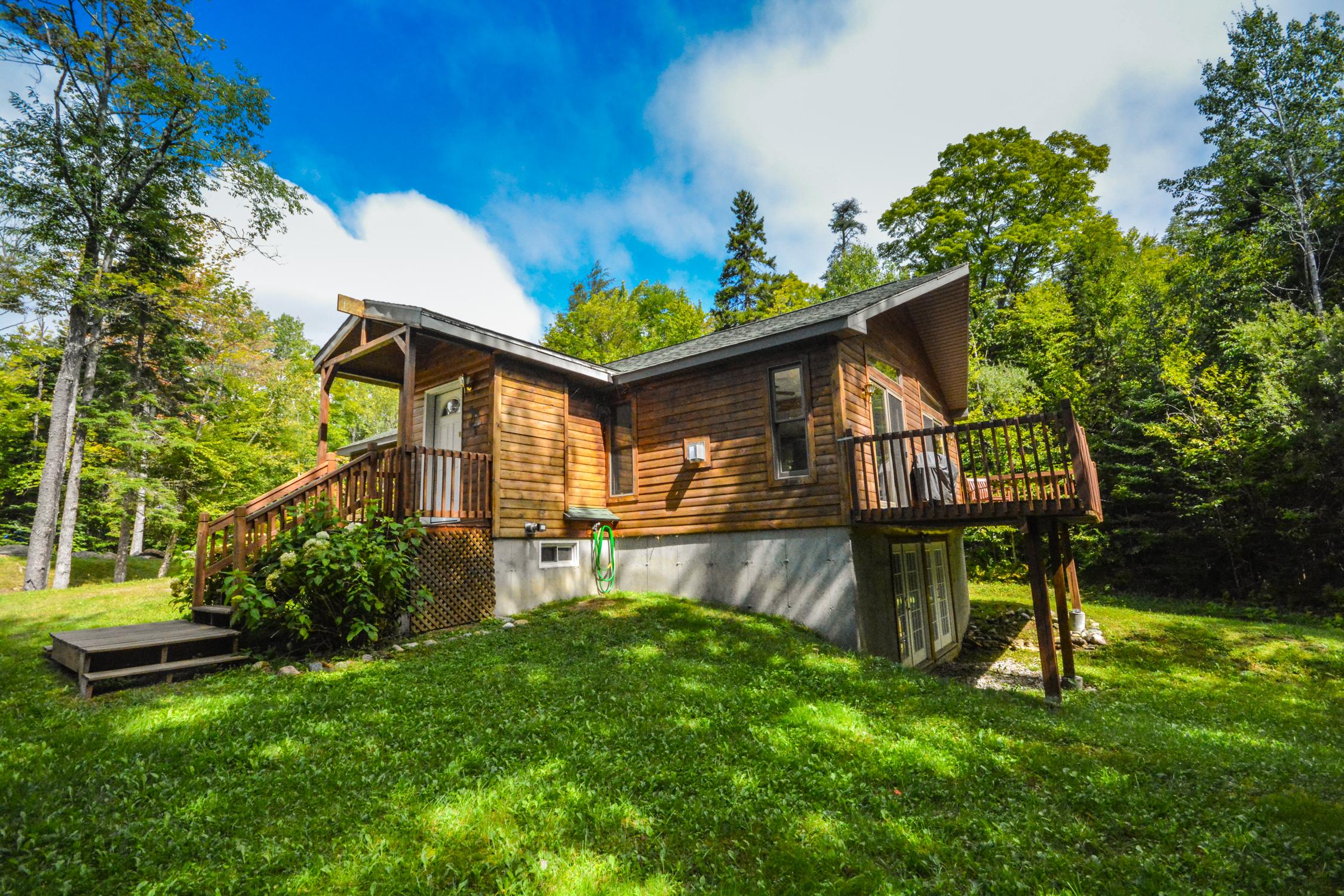 獨棟家庭住宅 為 出售 在 9 Little Brook Dr, Wilmington Wilmington, 佛蒙特州, 05363 美國