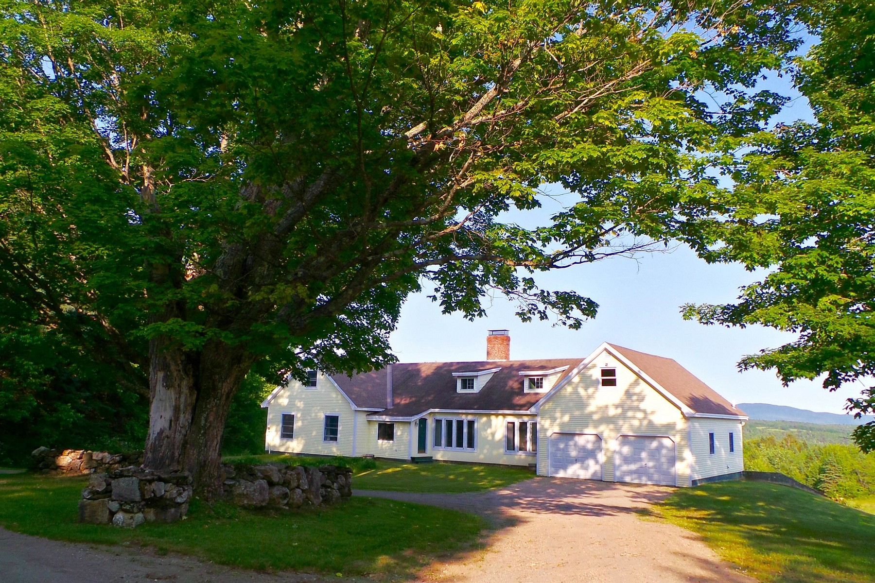 Einfamilienhaus für Verkauf beim Northeast Kingdom Elegance 388 Dolloff Pond Rd Sutton, Vermont, 05867 Vereinigte Staaten