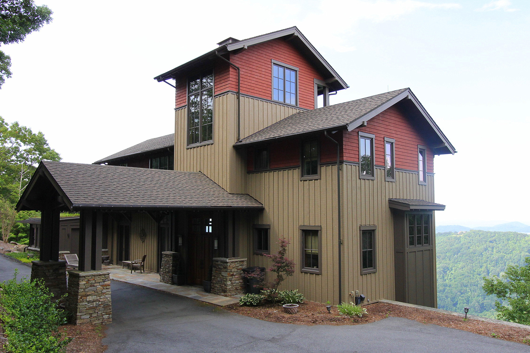Single Family Home for Sale at BOONE - GREYSTONE IV 978 Greystone Drive Boone, North Carolina, 28607 United States