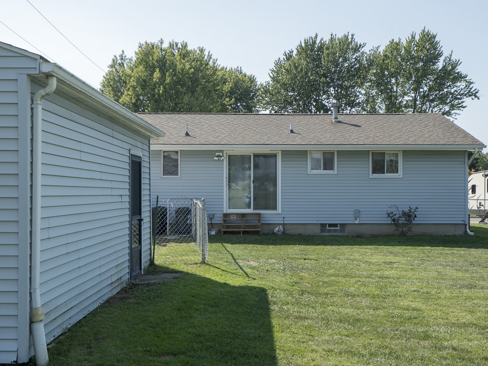 Additional photo for property listing at Home, Sweet Home in West Seneca! 21  Queens Dr West Seneca, 纽约州 14224 美国