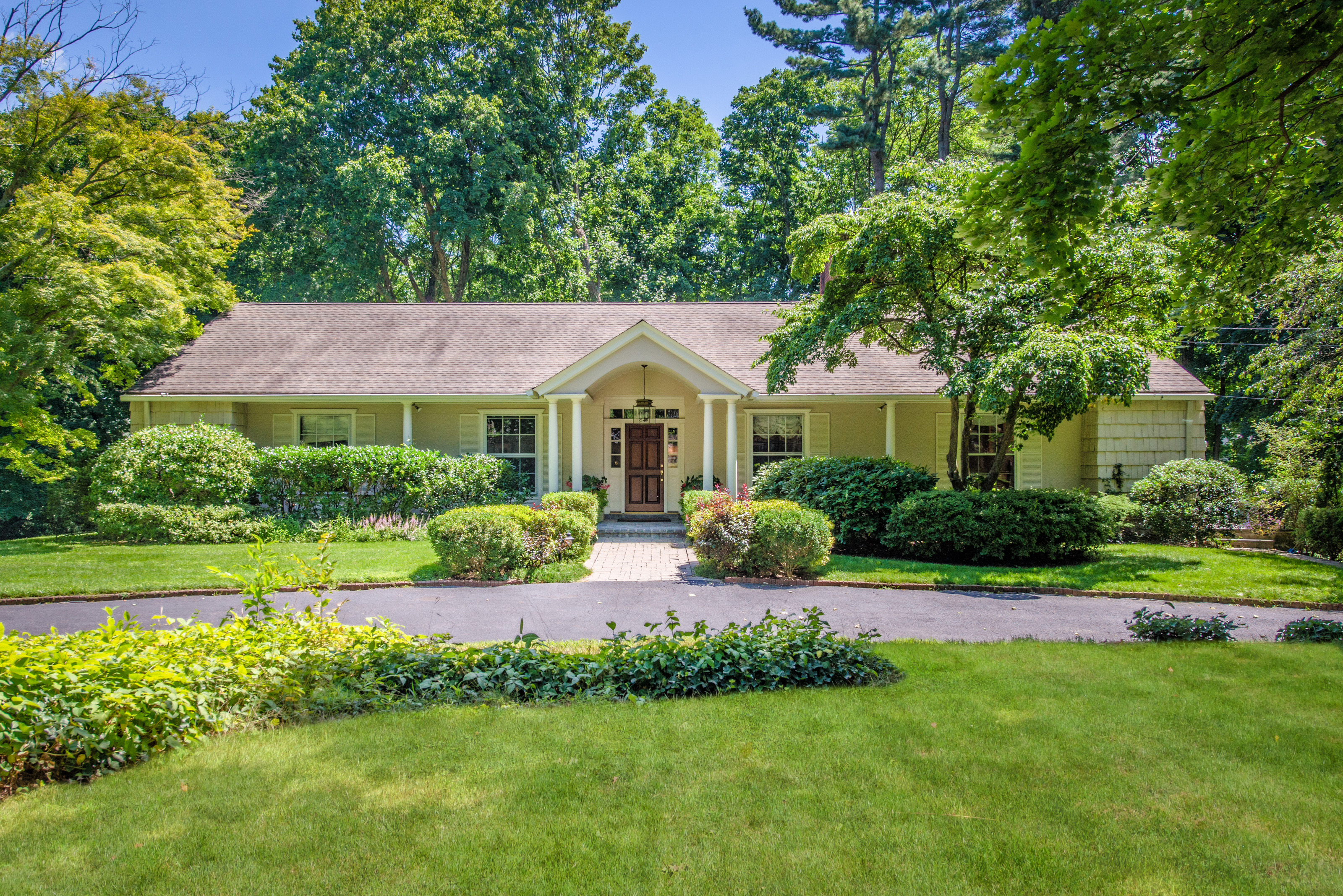 Single Family Home for Sale at Ranch 59 Simonson Rd Old Brookville, New York 11545 United States