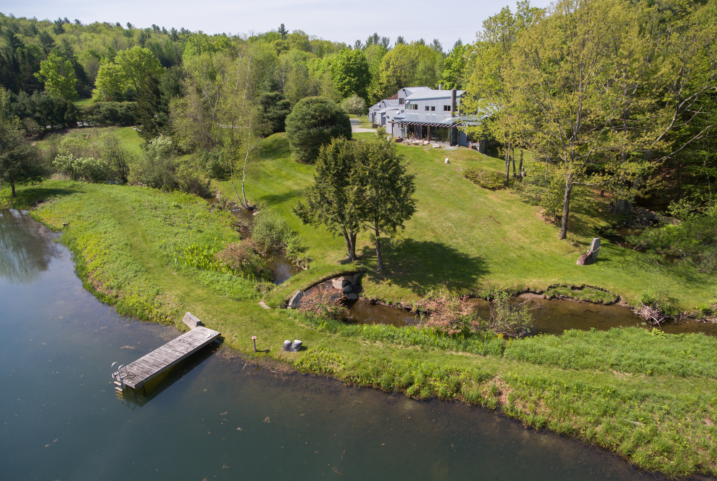Villa per Vendita alle ore Vermont Mountain Retreat + Spa 2427 Monument Hill Rd Castleton, Vermont, 05735 Stati Uniti