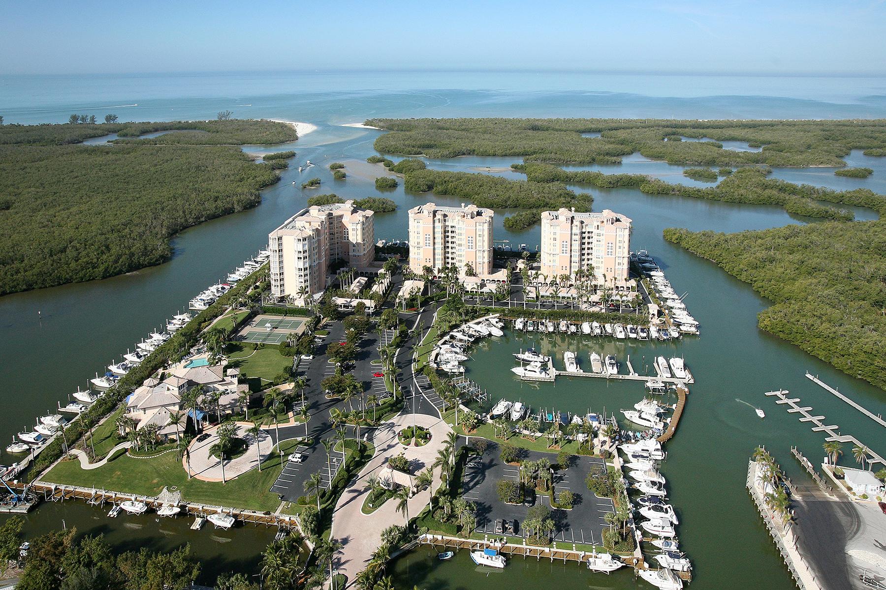 Condomínio para Venda às PELICAN ISLE - RESIDENCES 445 Dockside Dr 802 Naples, Florida 34110 Estados Unidos