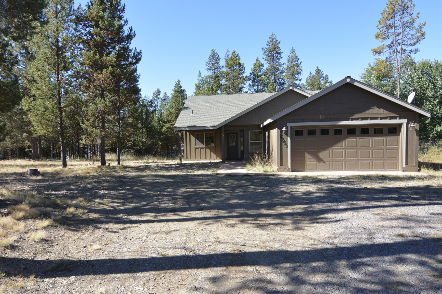 Single Family Home for Sale at 55943 Snow Goose Road, BEND 55943 Snow Goose Rd Bend, Oregon, 97707 United States
