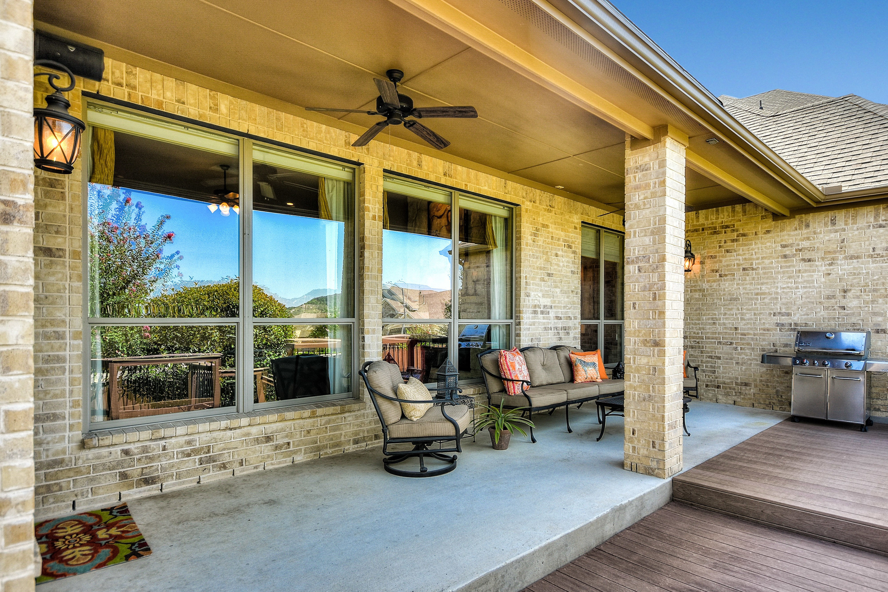 Additional photo for property listing at Breathtaking Home in Stonewall Estates 7431 Stonewall Hill San Antonio, Texas 78256 United States